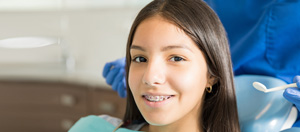 Invisalign© Instead of Old School Wires and Brackets